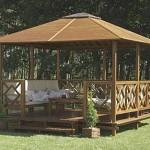 gazebo costruito in legno