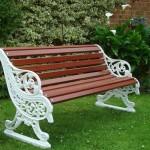 panchina in legno e ferro per giardino