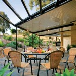 veranda del giardino con copertura