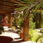 veranda in giardino colonne pietra