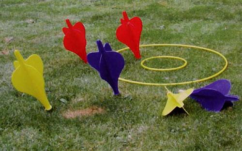 Gioco delle freccette per il giardino