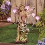 Fata da giardino con luci solari
